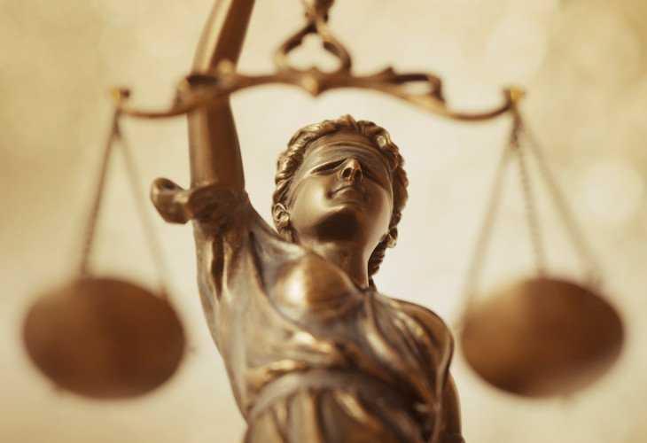 Savunma Hakkının Temsilcileri Avukatlar